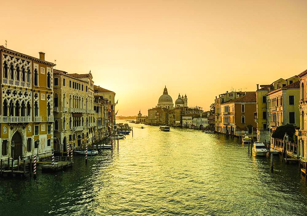 Sunset view along the Grand Canal in Venice. - 1174-10039