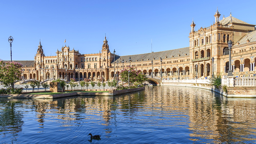 Plaza de Espana, the renaissance revival buildings around a large lake in the centre of Sevilla, Seville, Andalucia, Spain