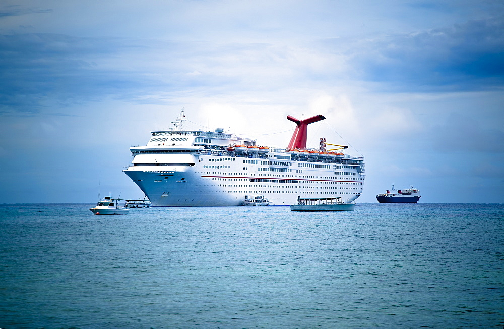 Cruise Ship on the Ocean, George Town, Grand Cayman, Cayman Islands