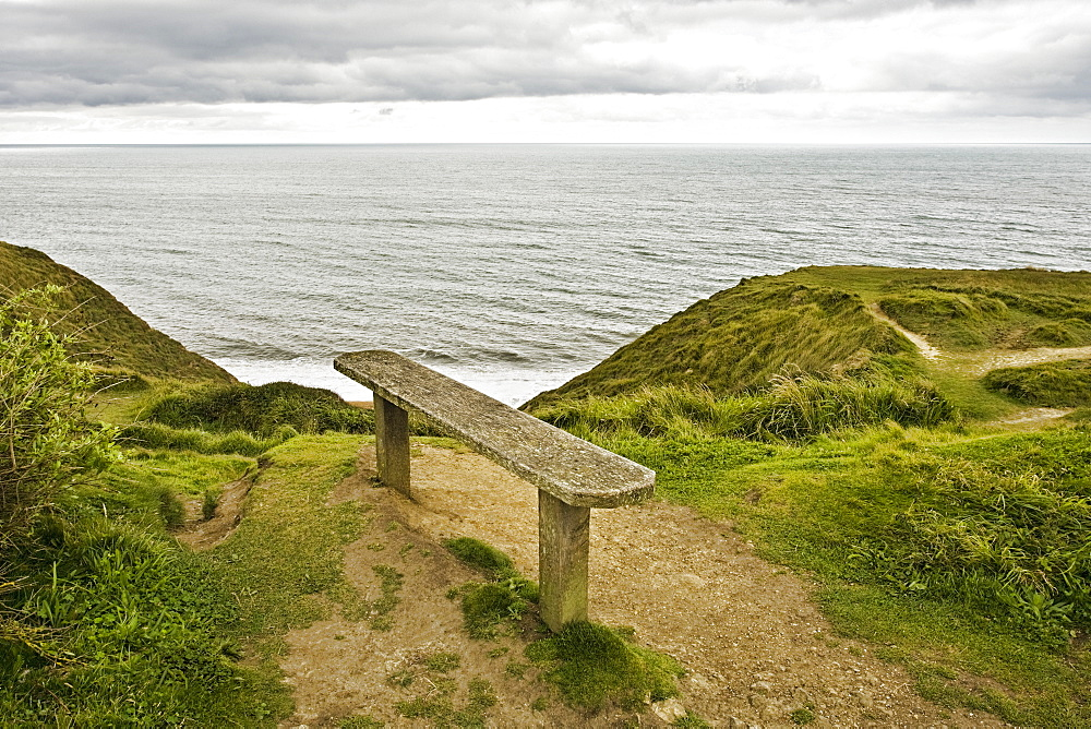 Bench Overlooking Ocean, Dorset, England, UK, Europe