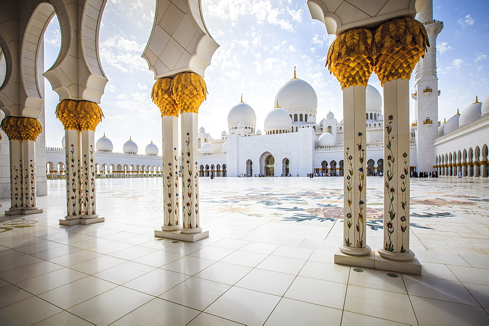 Ornate columns of Sheikh Zayed Grand Mosque, Abu Dhabi, United Arab Emirates