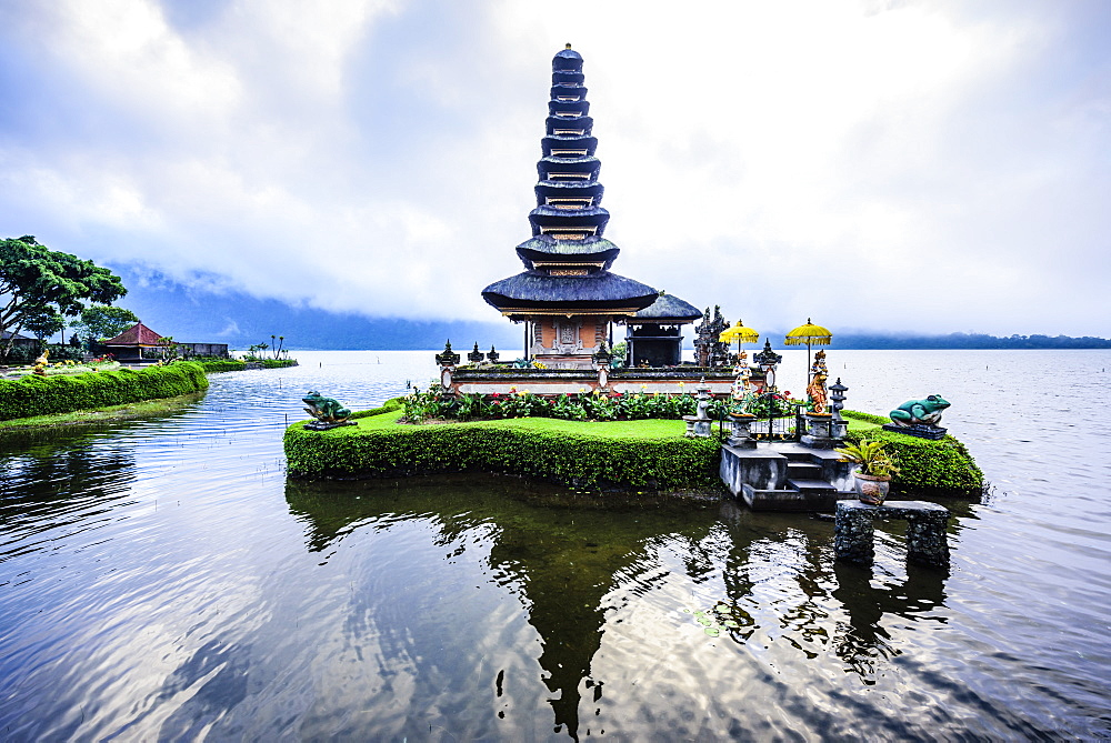 Pagoda floating on water, Baturiti, Bali, Indonesia, Baturiti, Bali, Republic of Indonesia