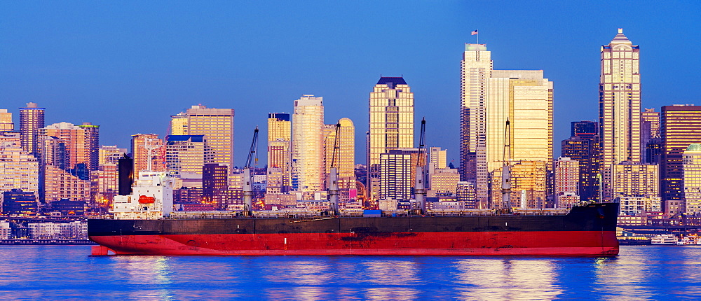 Freighter near cityscape, Seattle, Washington, United States, Seattle, Washington, USA