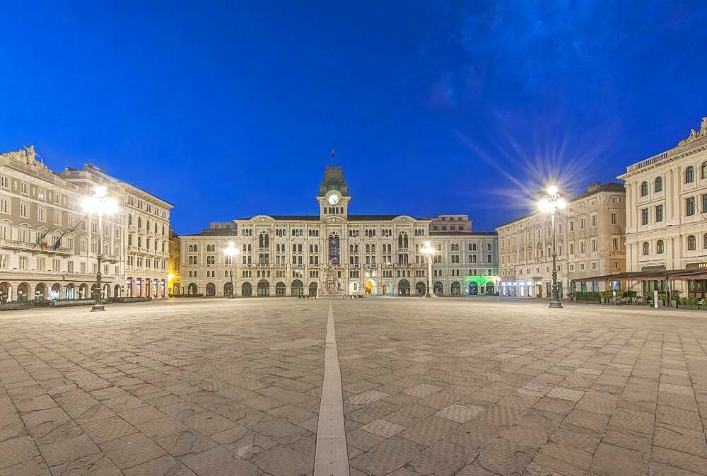 The empty piazza of Unity of Italy square, historic buildings and street lights. - 1174-9993