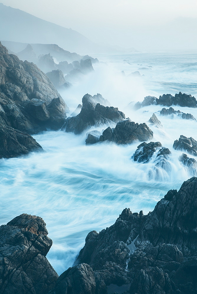 The Pacific Ocean coastline, with waves crashing against the shore, Pacific shore, California, USA