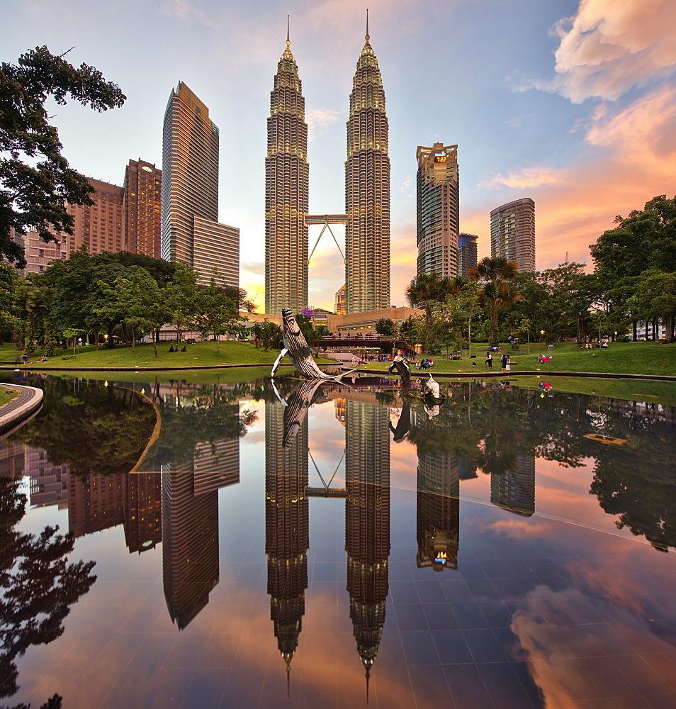 Illuminated Petronas Towers Kuala Lumpur, Malaysia, Reflection in lake, Kuala Lumpur, Malaysia