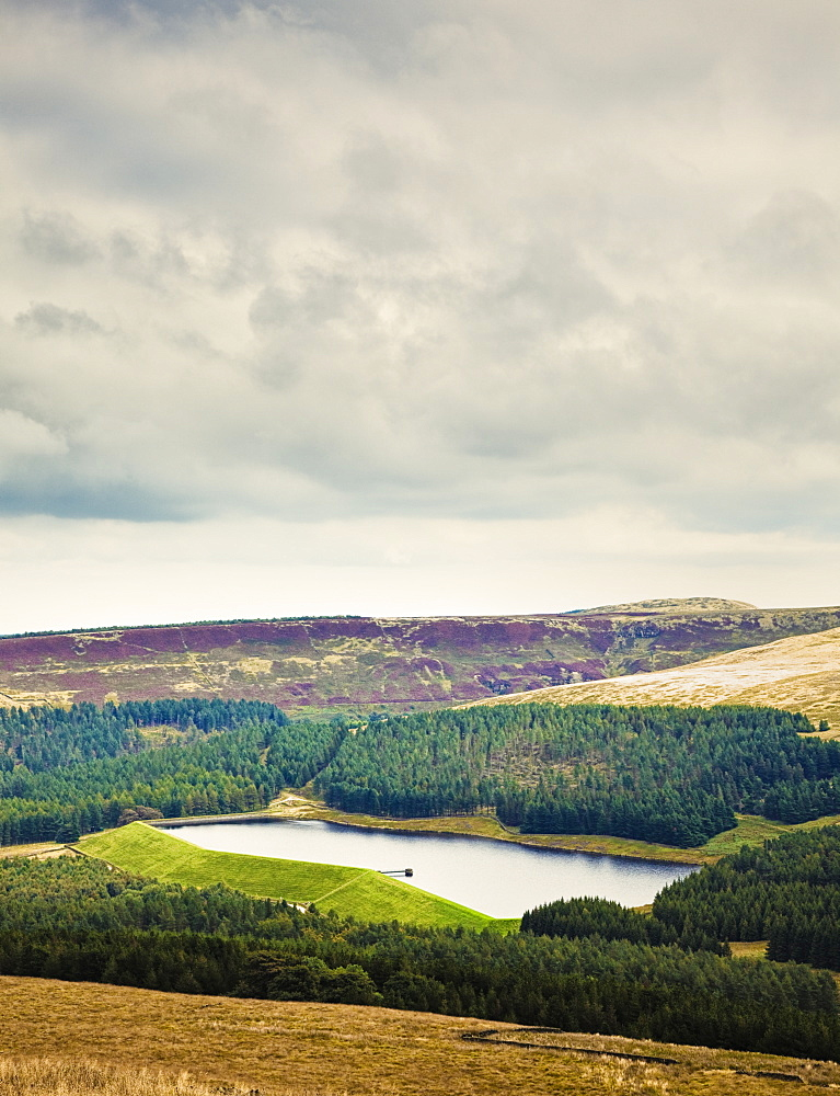 Reservoir in the English Countryside, Holme Valley, Kirklees, West Yorkshire, England, UK, Europe