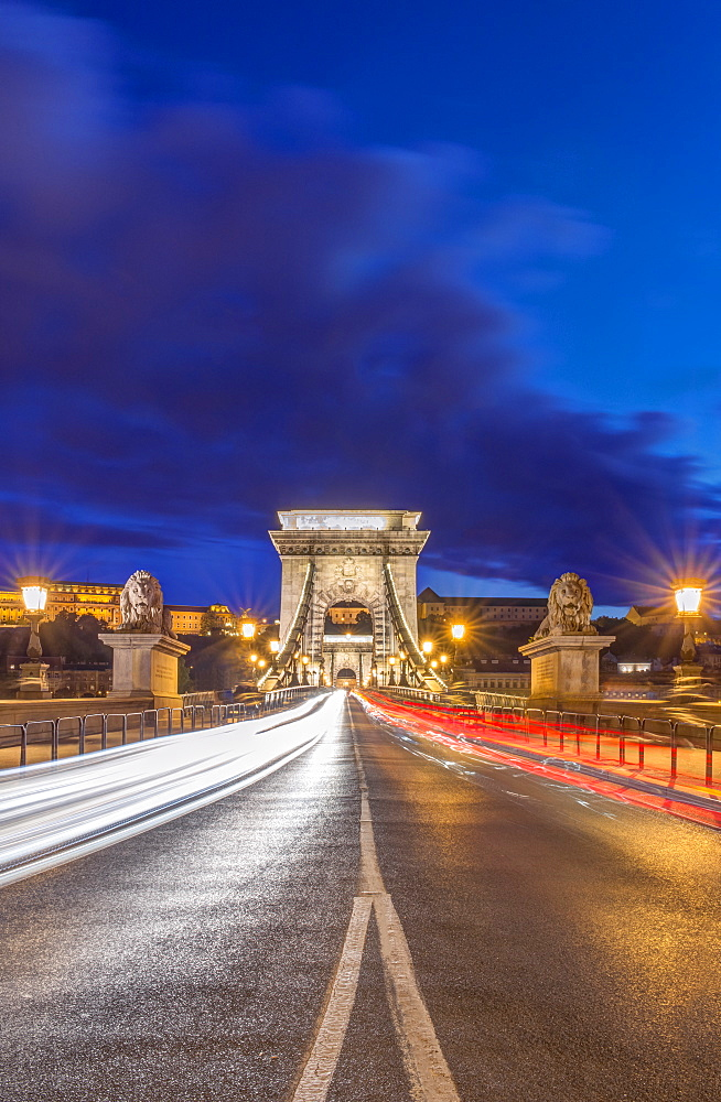 Chain Bridge illuminated at dusk, Budapest, Hungary