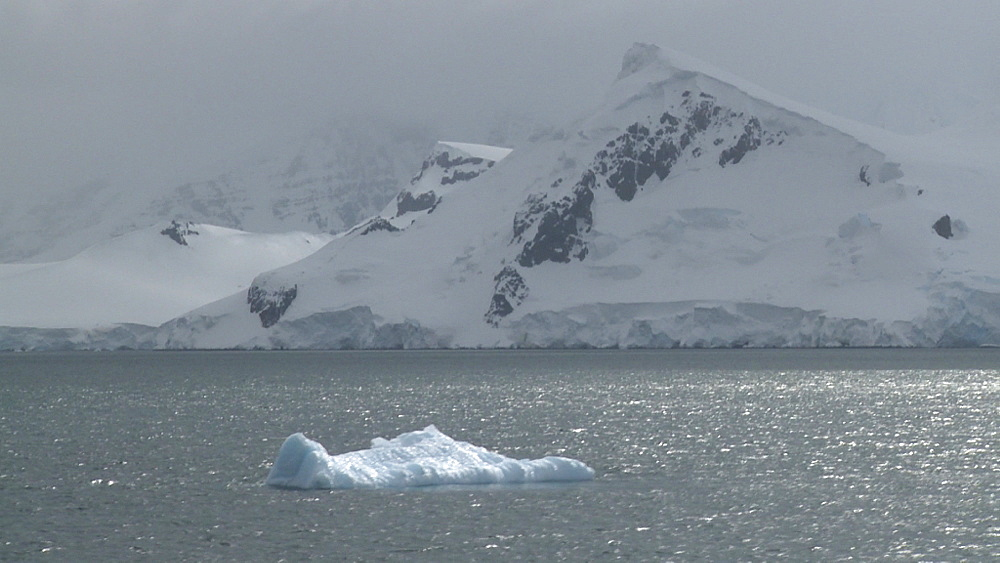 Antarctic mountains. Gerlache Straits. Antarctic peninsula - 1034-1073
