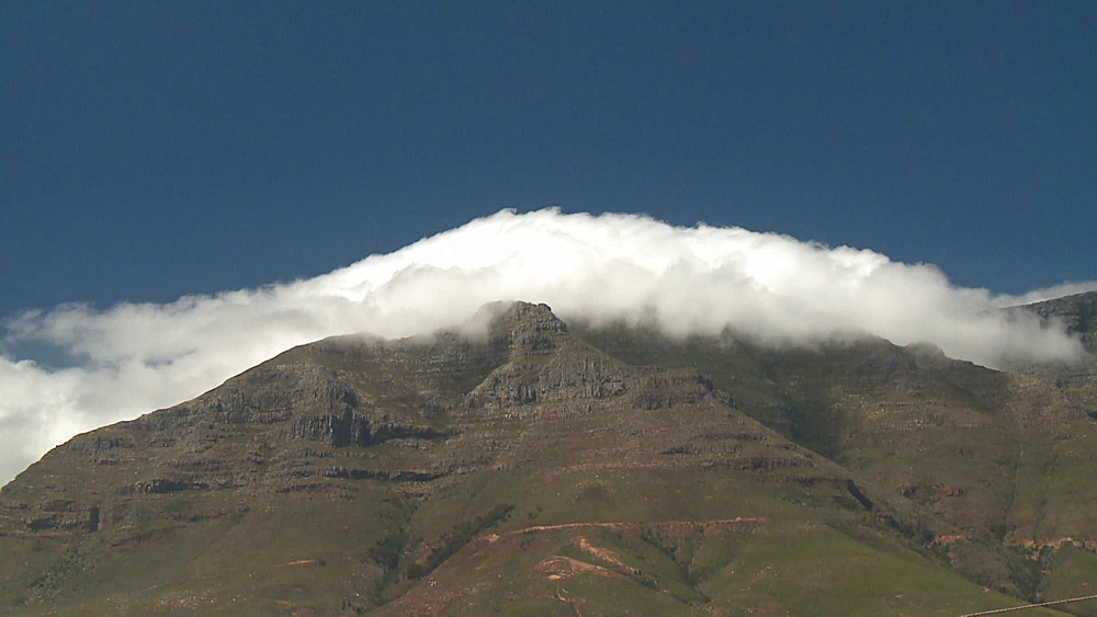 Clouds rolling over Table Mountain, Cape Town, South Africa, Africa - 1182-155
