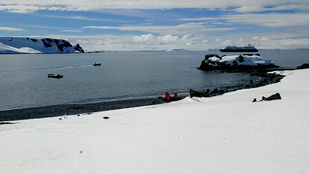 Antarctica Scenery and panoramic view of the icy mountains - 1218-929