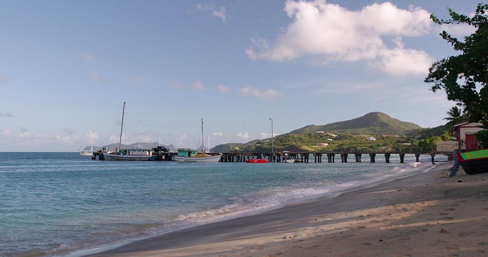 Hillsborough Beach / Bay, Carriacou, Grenada, Caribbean. - 1239-23