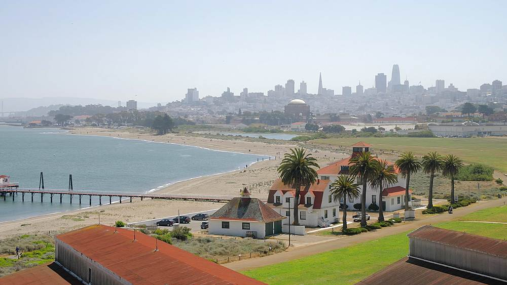 Crissy Field East Beach and city skyline of San Francisco, California, United States of America, North America