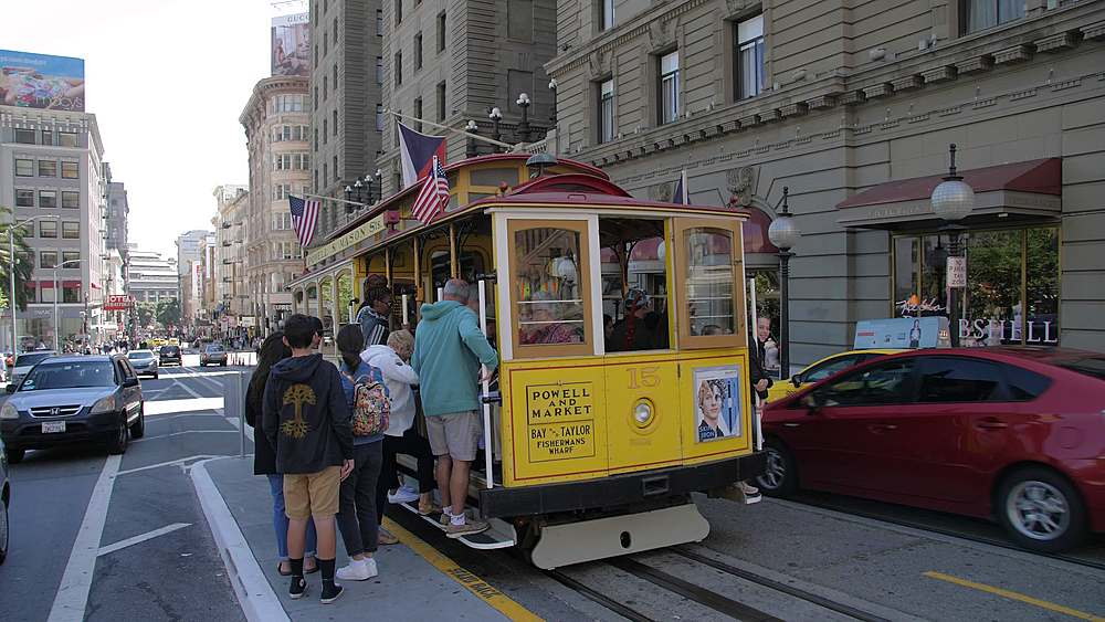 View of Cable car on Powell Street, San Francisco, California, United States of America, North America - 1276-1314