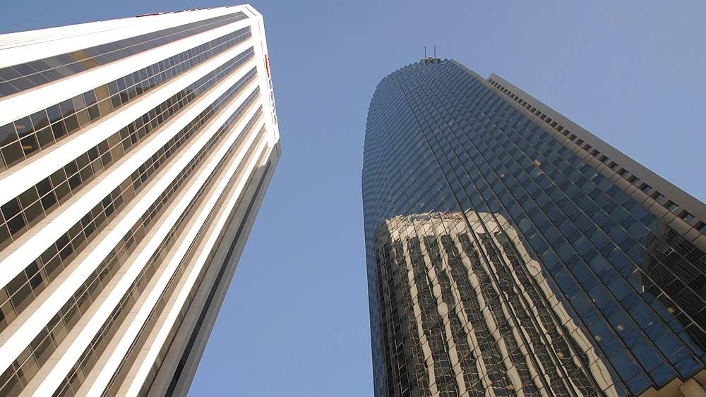 Worms eye view of skyscrapers in financial district, San Francisco, California, United States of America, North America - 1276-1330