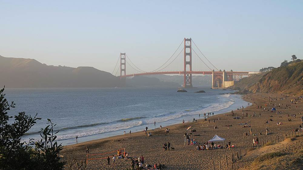 View over Baker Beach towards Golden Gate Bridge at sunset, South Bay, San Francisco, California, United States of America, North America - 1276-1383