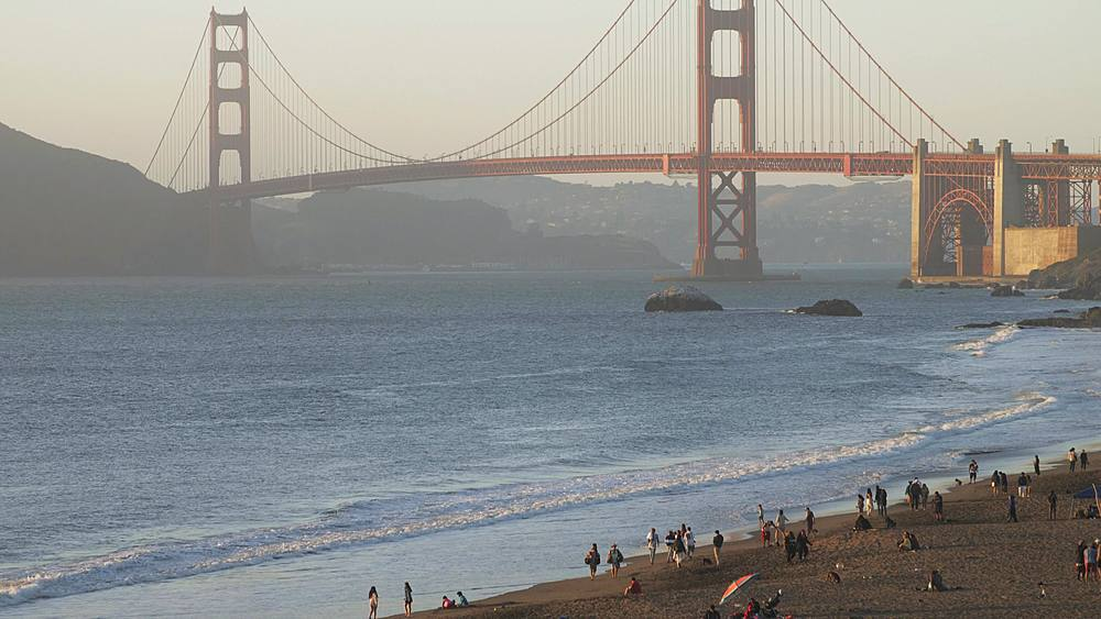 View over Baker Beach towards Golden Gate Bridge at sunset, South Bay, San Francisco, California, United States of America, North America - 1276-1385
