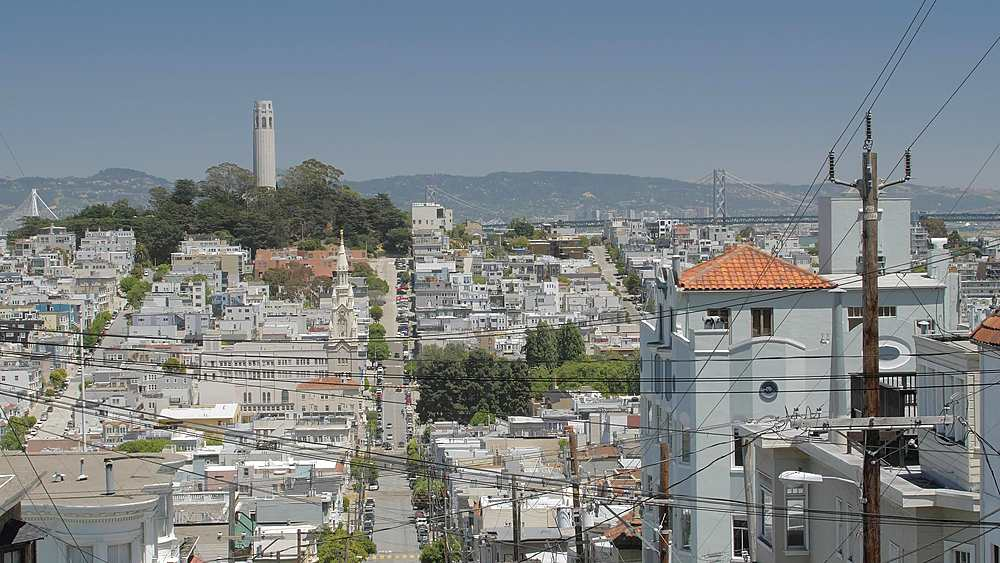 Street view of Coit Tower from Russian Hill, San Francisco, California, United States of America, North America - 1276-1399
