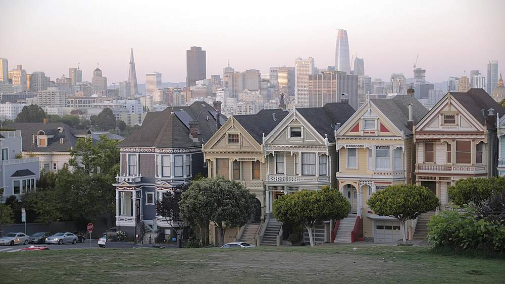 View of Painted Ladies at dusk, Victorian wooden houses, Alamo Square, San Francisco, California, United States of America, North America - 1276-1408
