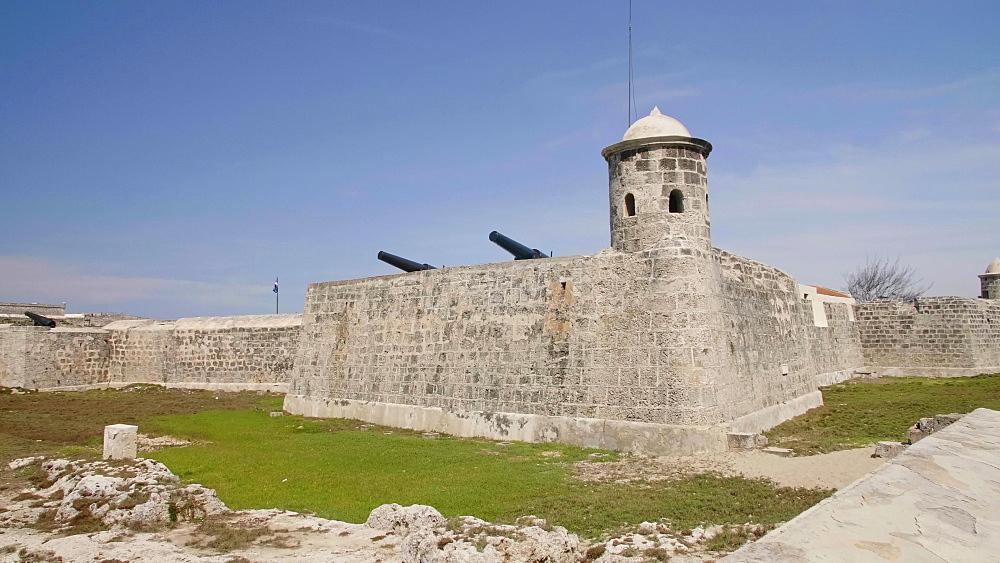 Castillo de San Salvador de la Punta and Castillo del Morro, Havana, Cuba, West Indies, Caribbean, Central America