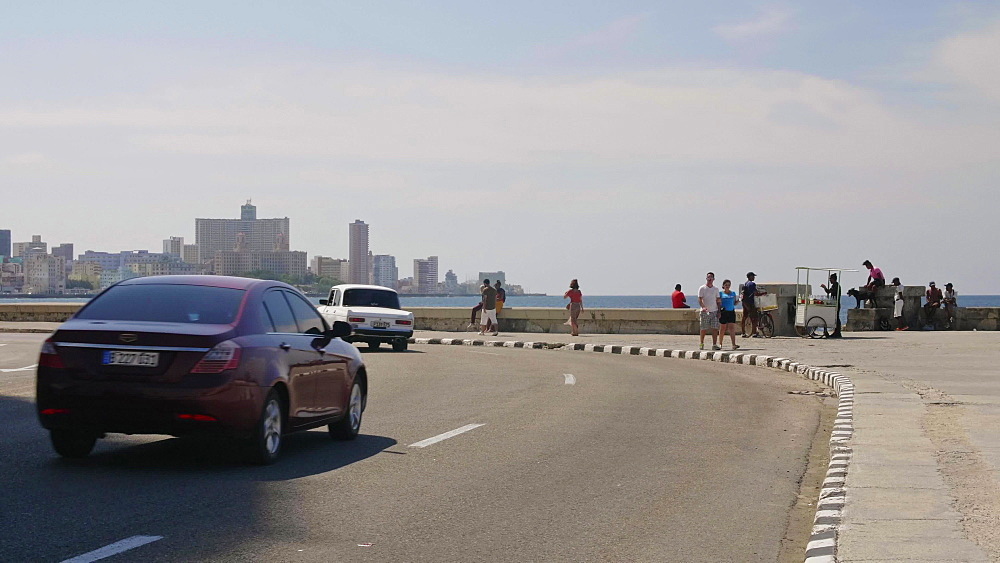 The Malecon and La Habana skyline, Havana, Cuba, West Indies, Caribbean, Central America
