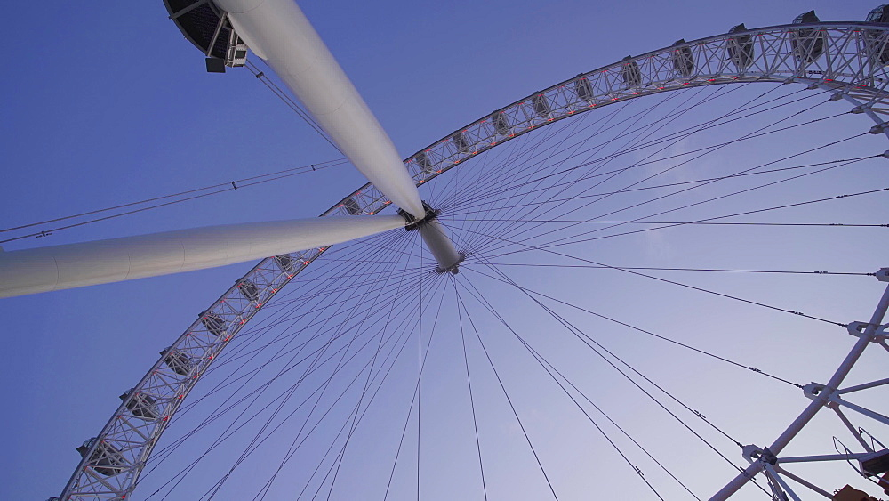 Tracking shot of London Eye at dusk, London, England, United Kingdom, Europe