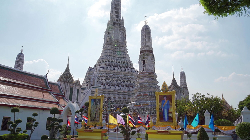 Wat Arun Ratchavararam (The Temple of Dawn), Bangkok, Thailand, Southeast Asia, Asia