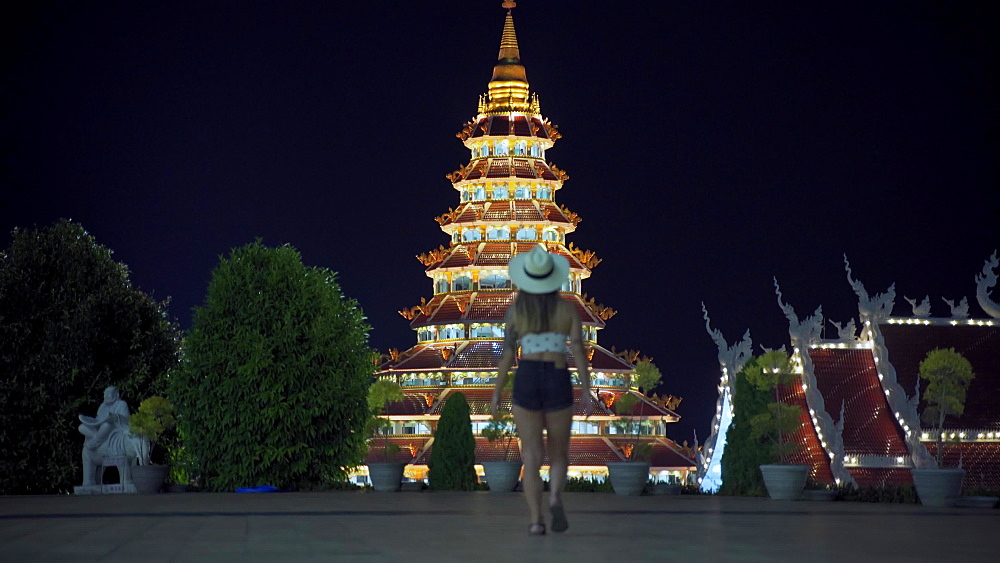 Video of a spectacular Wat Huay Pla Kang temple (Big Buddha) at night, Chiang Rai, Thailand, Southeast Asia, Asia - 1276-2602