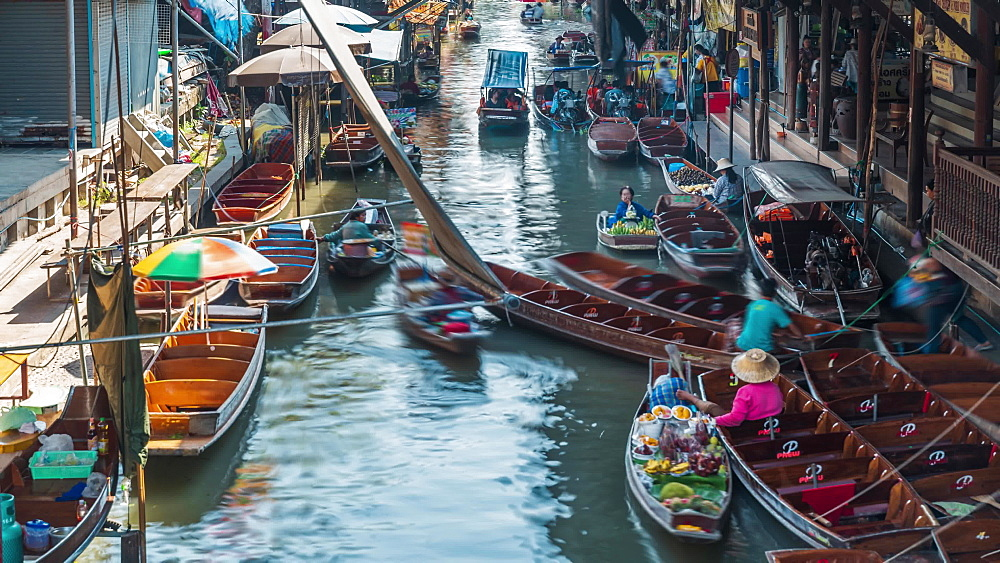 Timelapse video of Damnoen Saduak Floating River Market, Bangkok, Thailand, Southeast Asia, Asia