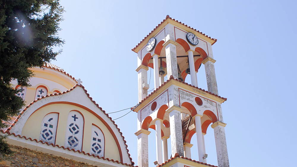 Church in village of Elos, Kissamos, Crete, Greek Islands, Greece, Europe