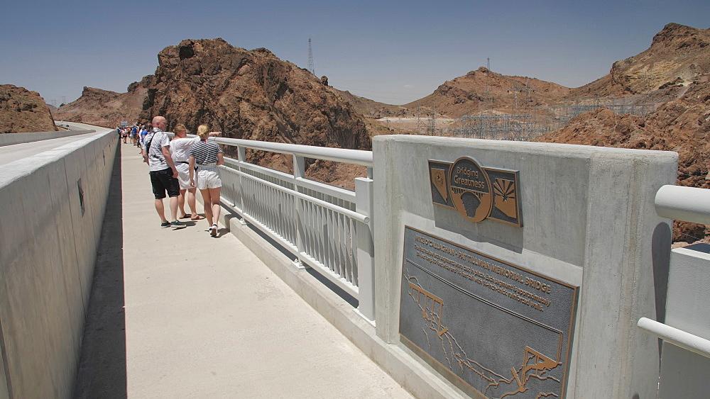The Mike O Callaghan-Pat Tillman Memorial Bridge, Nevada/Arizona border, USA, North America - 1276-957
