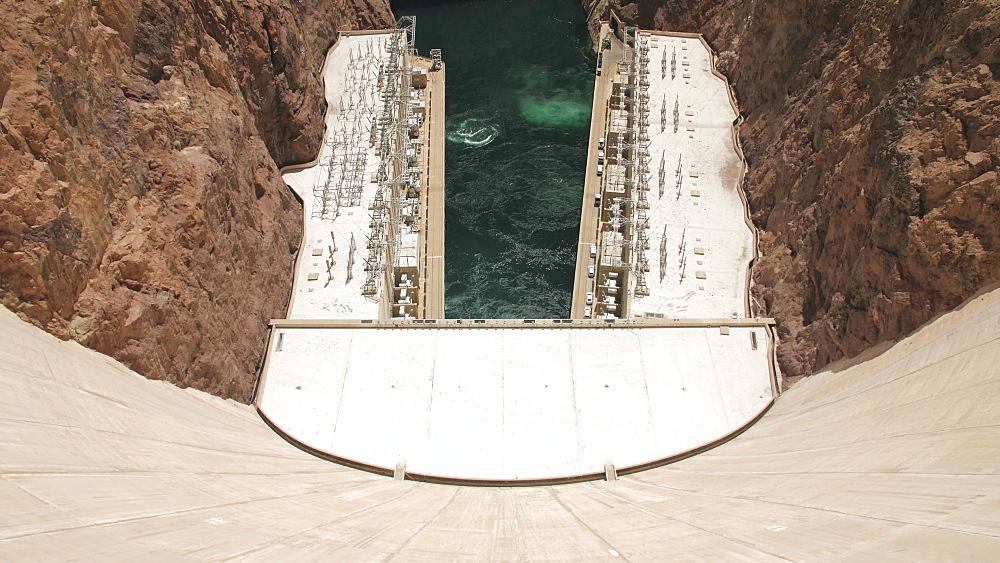 View of the wall of Hoover Dam, Nevada/Arizona border, USA, North America - 1276-964
