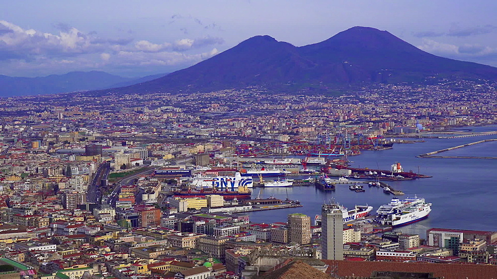 City view with Seaport of Napoli with moored ships, and Mount Vesuvius, the active volcano, in the background, Naples, Campania, Italy, Europe - 1278-100