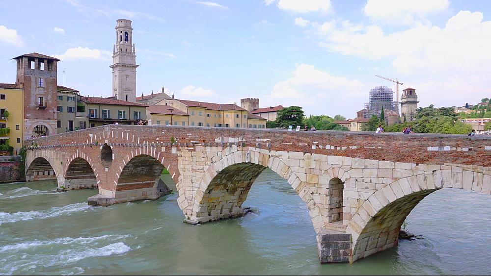 Ponte Pietra, Pietra stone Roman arch bridge crossing River Adige, Verona, Veneto, Italy, Europe - 1278-141