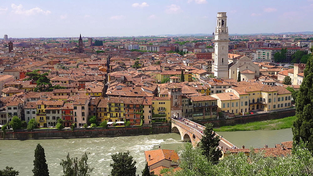 Traditional buildings with Pietra stone Roman arch bridge crossing River Adige, Verona, Veneto, Italy, Europe - 1278-142