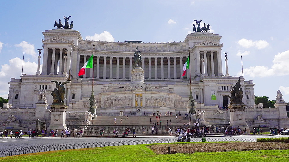 Altare della Patria (Altar of the Fatherland) facade day view from the middle of renovated Piazza Venezia, Rome, Lazio, Italy, Europe - 1278-24
