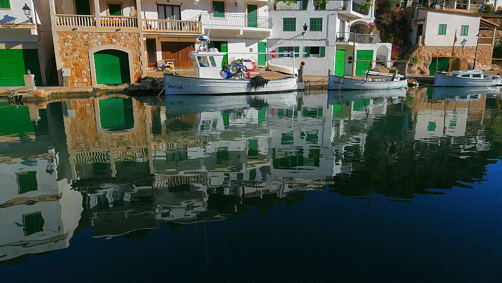 Fishing harbour of Cala Figuera, Mallorca (Majorca), Balearic Islands, Spain, Mediterranean, Europe - 396-10001