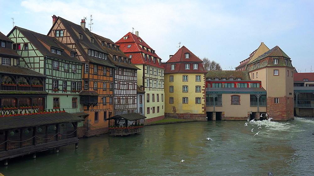 Petite France and Ill River, Grande Ile, UNESCO World Heritage Site, Strasbourg, Alsace, Grand Est, France, Europe