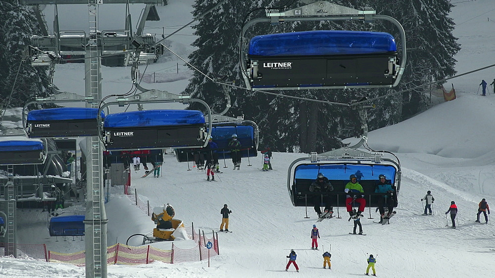 Ski lift at skiing area at Feldberg Pass, South Black Forest, Schwarzwald, Baden-Wurttemberg, Germany, Europe - 396-10192