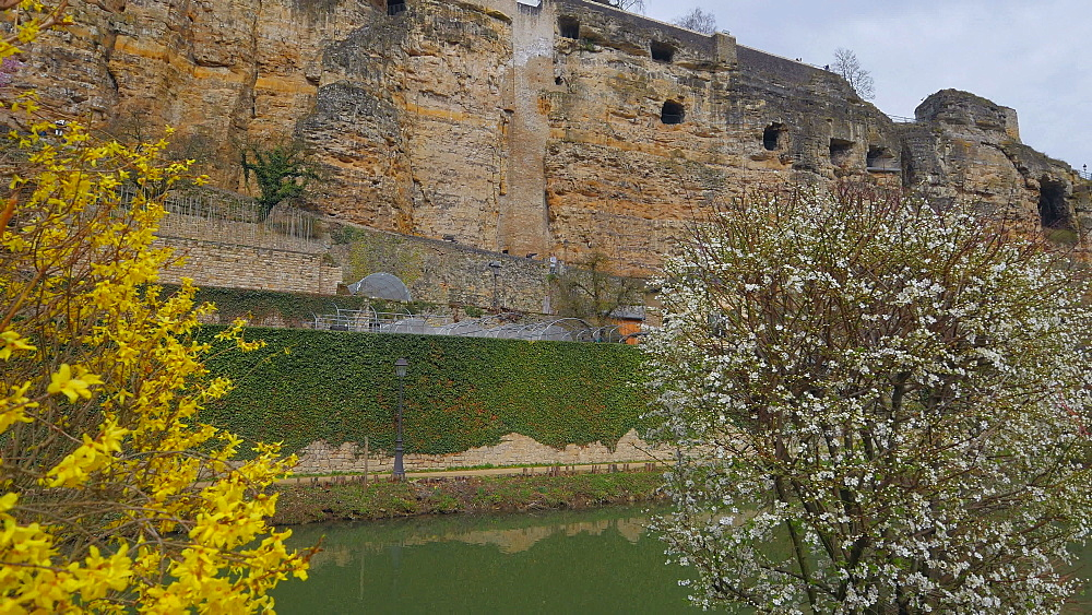 Bock Casemates, seen from Alzette Valley, Grund, Luxembourg City, Grand Duchy of Luxembourg, Europe - 396-10381
