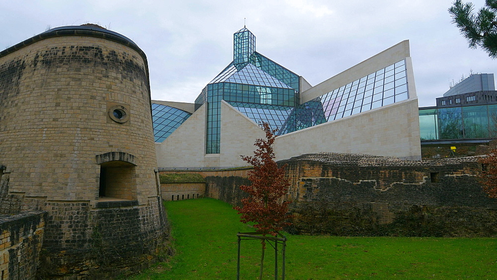 Fort Thuengen with Fortress Museum and Mudam Museum, Luxembourg City, Grand Duchy of Luxembourg, Europe - 396-10416