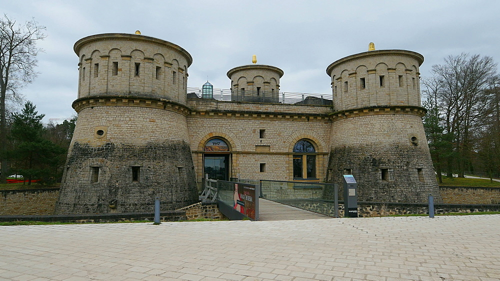 Fort Thuengen with Fortress Museum and Mudam Museum, Luxembourg City, Grand Duchy of Luxembourg, Europe - 396-10419