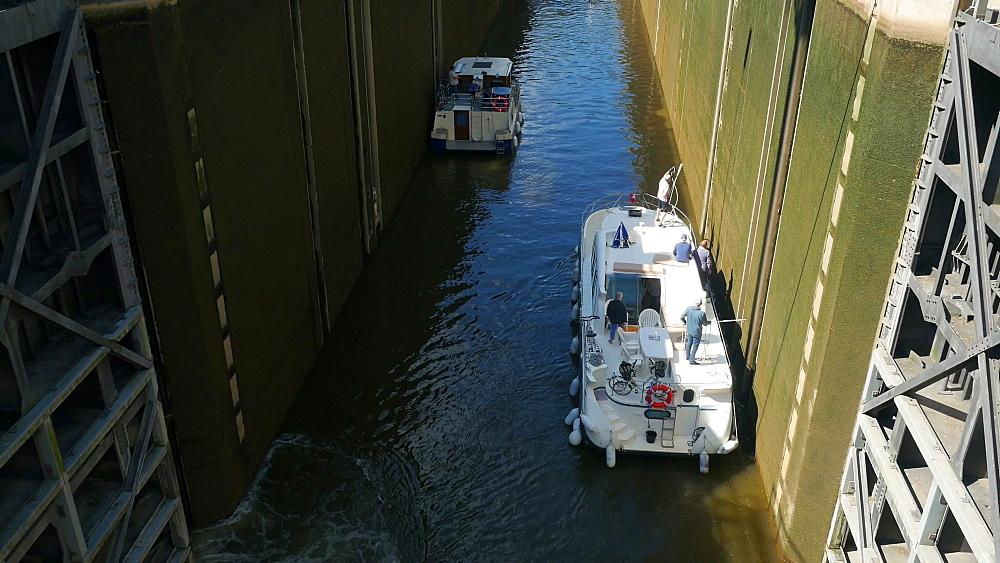 Boats in lock near Mettlach, Saar River, Saarland, Germany, Europe