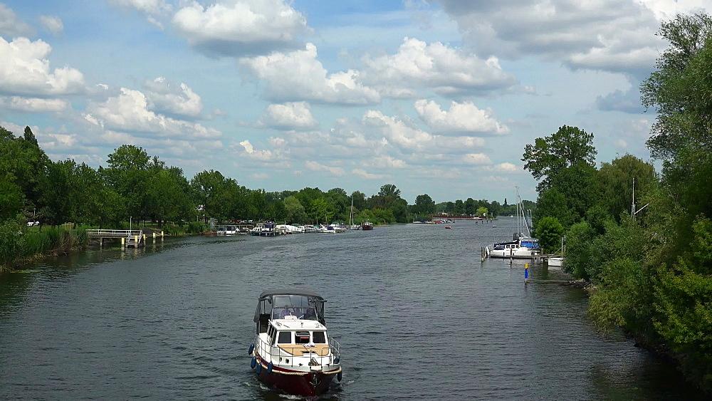 Kleiner Beetzsee Lake near Brandenburg an der Havel, Brandenburg, Germany, Europe