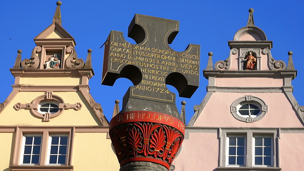 Market Cross on Market Square, Trier on Moselle River, Moselle Valley, Moselle, Rhineland-Palatinate, Germany