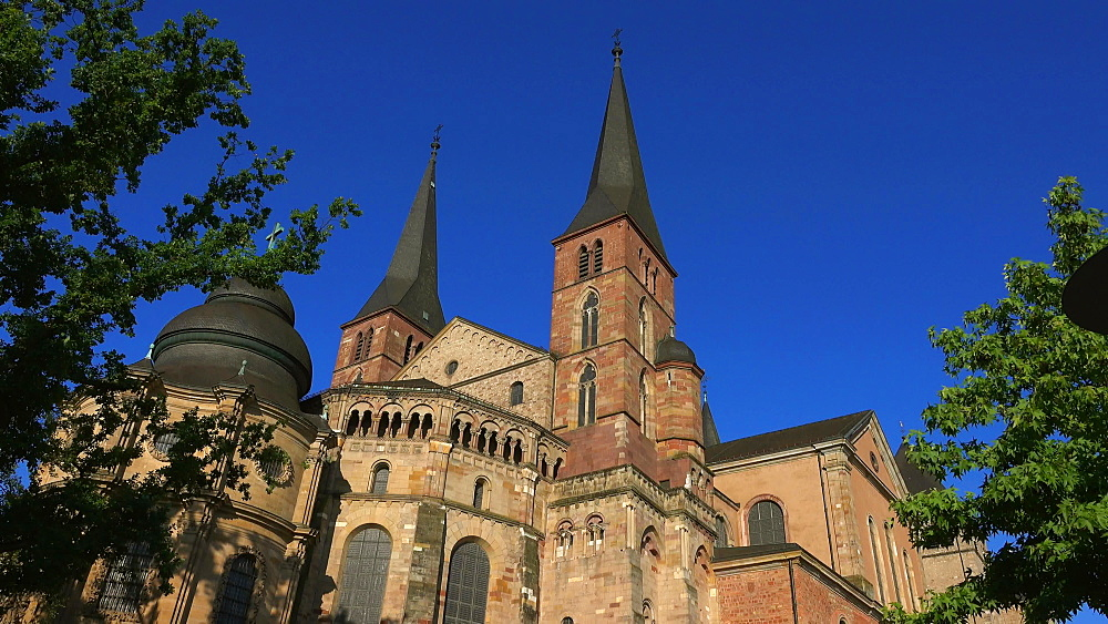 Cathedral of St. Peter, Trier on Moselle River, Moselle Valley, Moselle, Rhineland-Palatinate, Germany, Europe