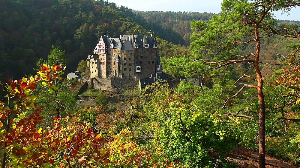 Eltz Castle in autumn, Eifel, Rhineland-Palatinate, Germany, Europe
