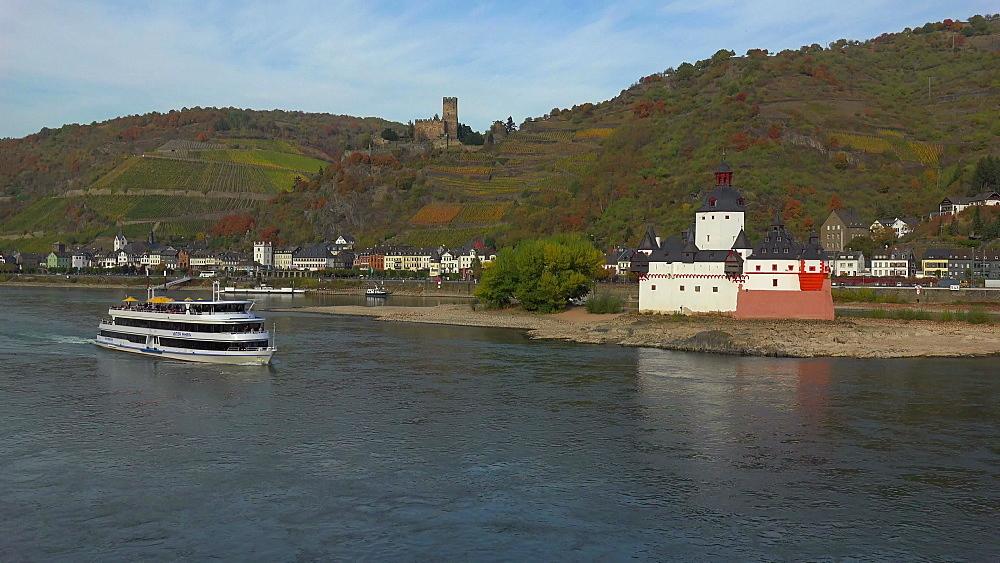 Rhine River with Pfalzgrafenstein Castle and Gutenfels Castle in Kaub, Rhineland-Palatinate, Germany, Europe
