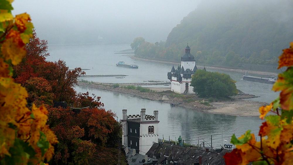 Rhine River with Pfalzgrafenstein Castle in Kaub, Rhineland-Palatinate, Germany - 396-10633