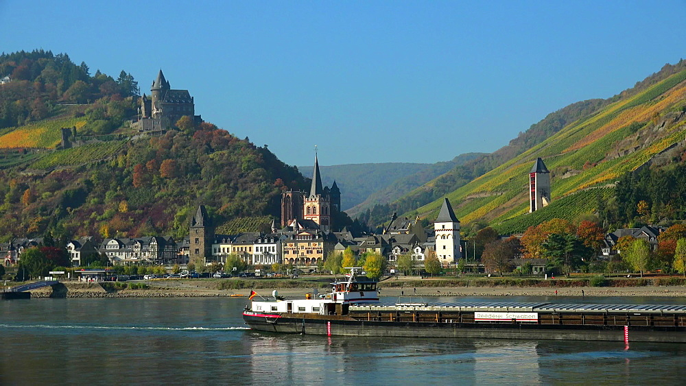Rhine River with Stahleck Castle and Bacharach, Rhineland-Palatinate, Germany, Europe